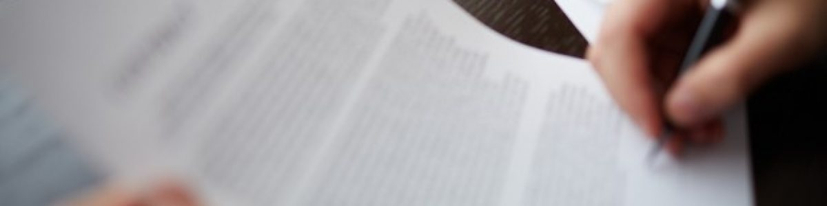 glasses-documents_1098-3661